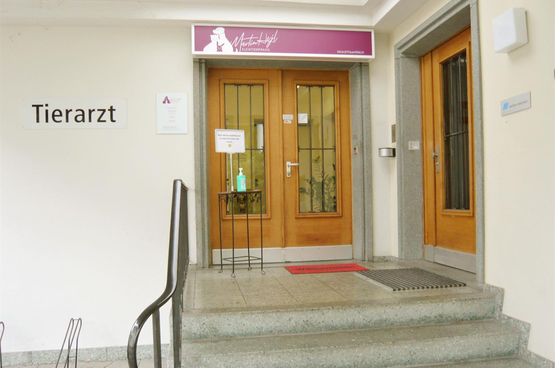 Kleintierpraxis Martin Hejl, Frauenfeld – der Eingang